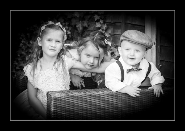 The Kids by r0nn1e