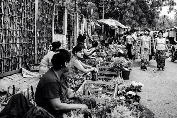 Street Market - Yangon by bobbyl
