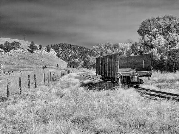 Abandoned railroad by jbsaladino
