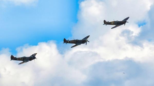 Duxford Air-show (i) by TheURL