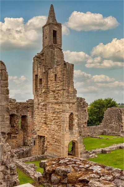Warkworth Castle by blrphotos