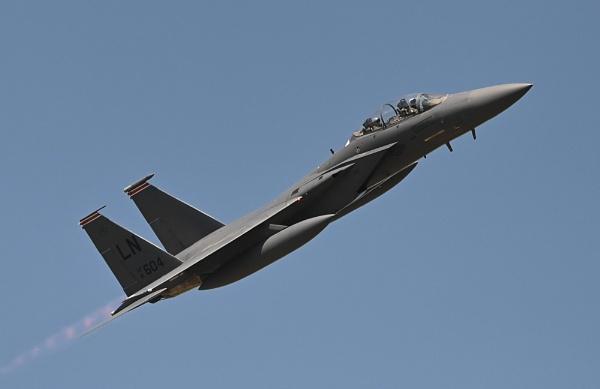 F15D by nealie