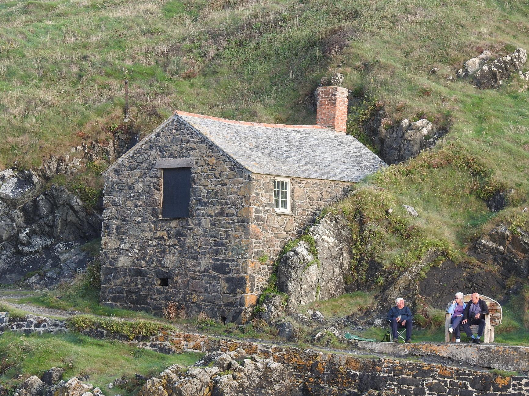 Mullion cove Harbour cottage