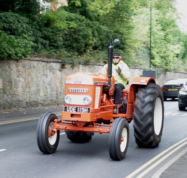 LITTLE RED TRACTOR by hobbo