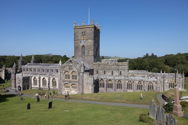 Saint David\'s Cathedral, wales by Trekmaster01