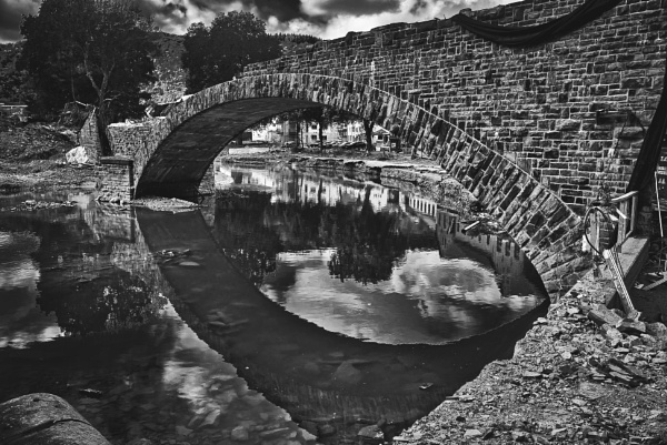 Floodwaters Bridge by icipix
