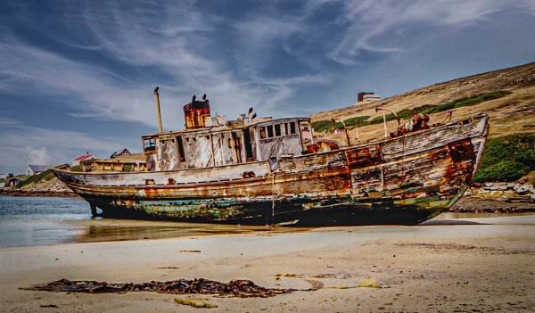 Shipwreck by RonDM