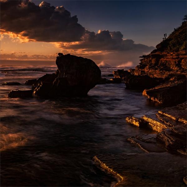 Morning Glow by tvhoward950