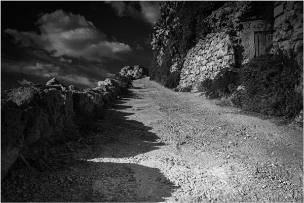 Uphill by Herbert_Catania