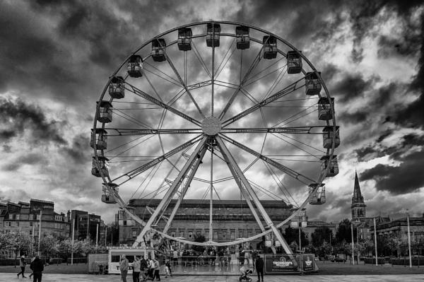 Big Wheel Keep on Turning by scrimmy