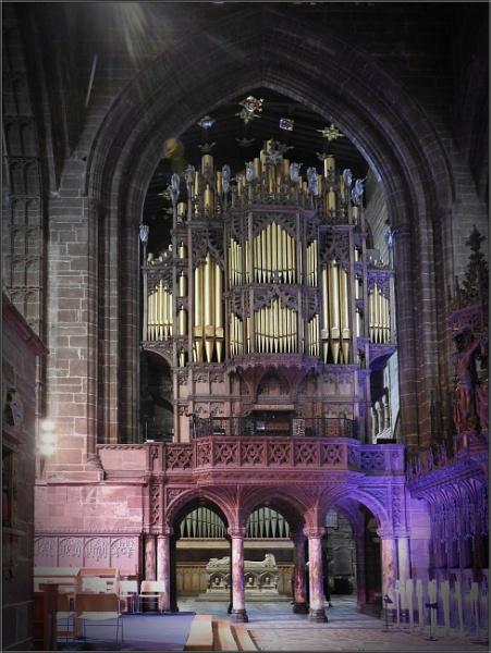 A Mighty Organ by PhilT2