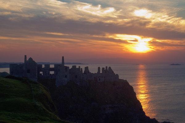 dunluce-castle-twilight.jpg