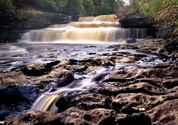 1-ct126-10-aysgarth-falls.jpg