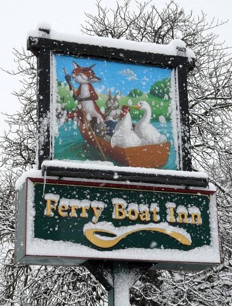 015-ferry-boat-inn-sign.jpg