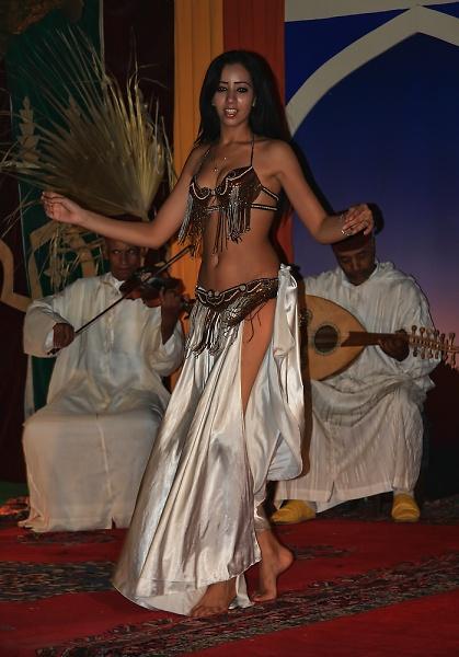 119-marrakesh-11--belly-dancer-1.jpg