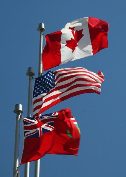 niagara--flags.jpg
