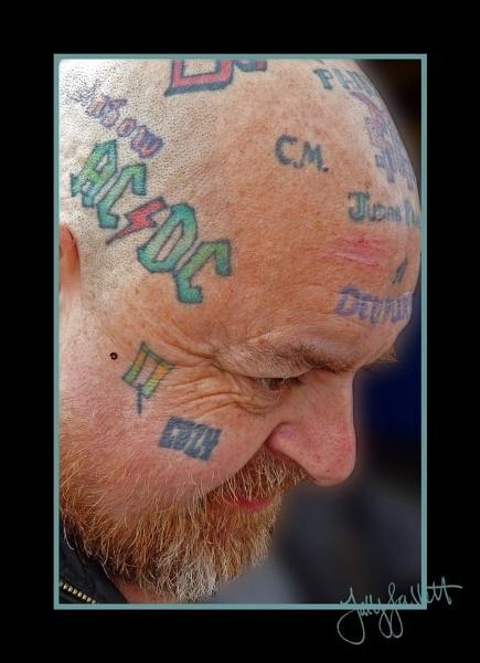tattoo2blur.jpg