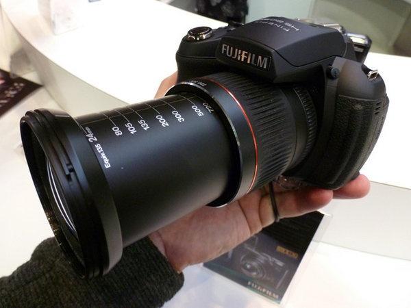 fujifilm-finepix-hs20-exr-focus-fullzoom.jpg