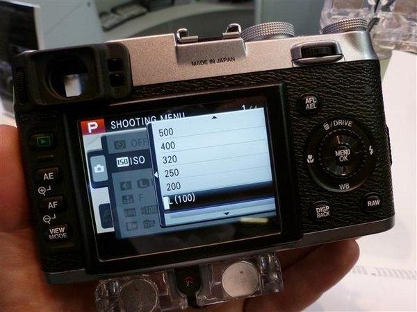 fujifilm-finepix-x100--13---small-.jpg
