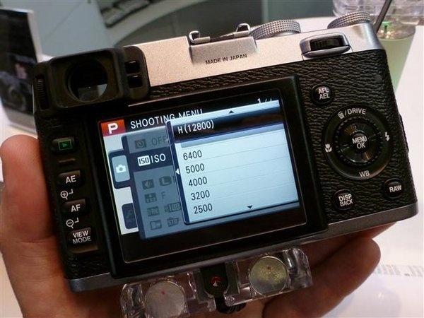 fujifilm-finepix-x100--14---small-.jpg