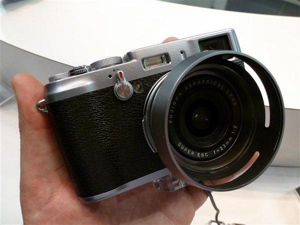 fujifilm-finepix-x100--16---small-.jpg