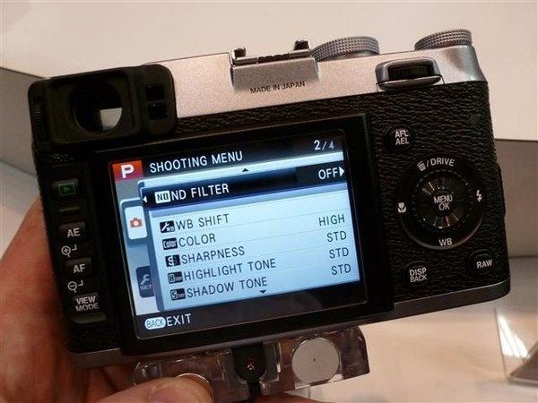 fujifilm-finepix-x100--3---small-.jpg