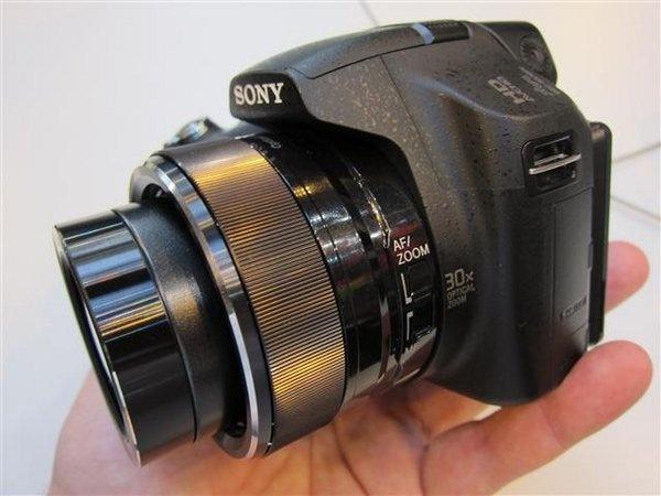 sony-hx-100v--3---small-.jpg