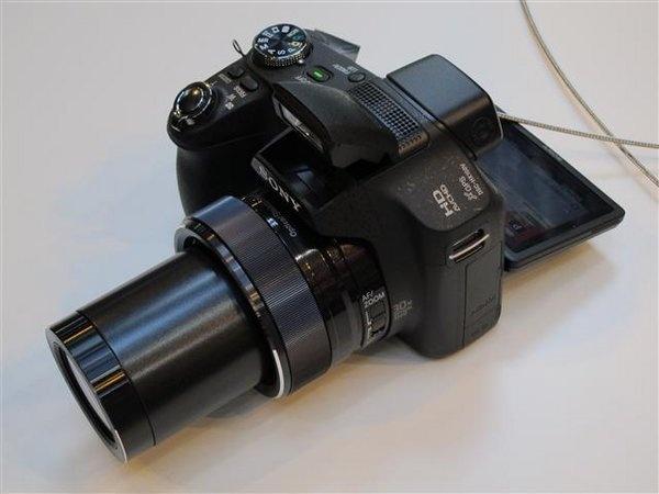sony-hx-100v--5---small-.jpg