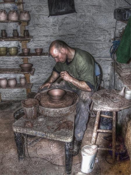 3-potter-at-work.jpg