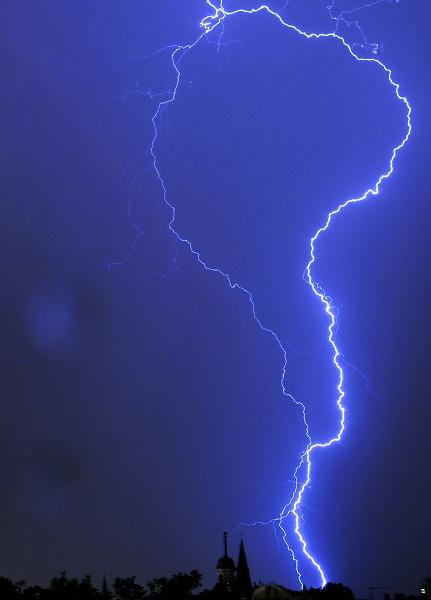 1-lightning55.jpg