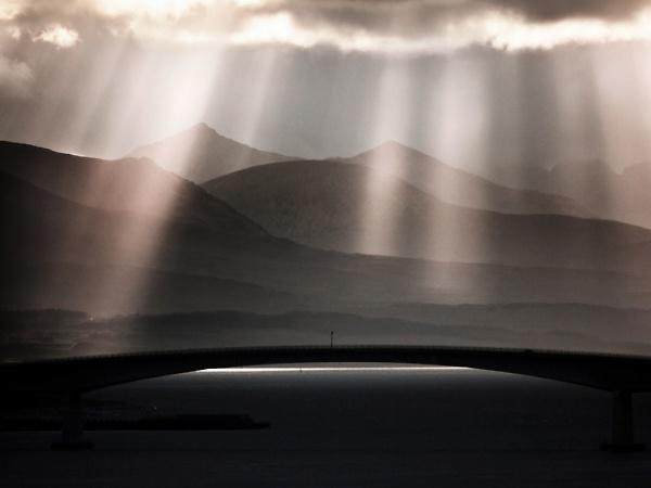 3-skye-bridge.jpg