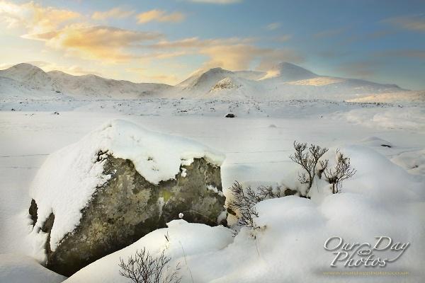 lochan-na-stainge-under-snow.jpg