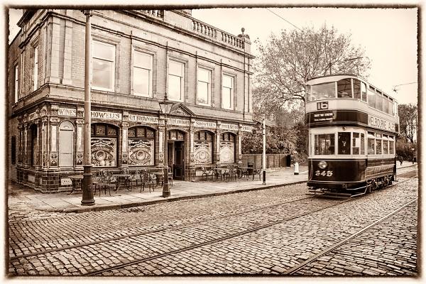 1-the-number-16-tram.jpg