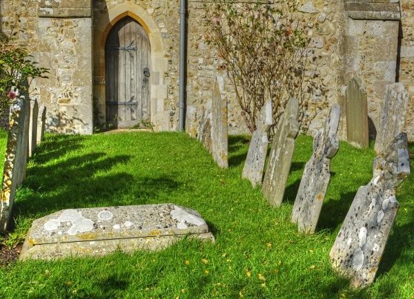 northney-churchyard-tonemapped.jpg
