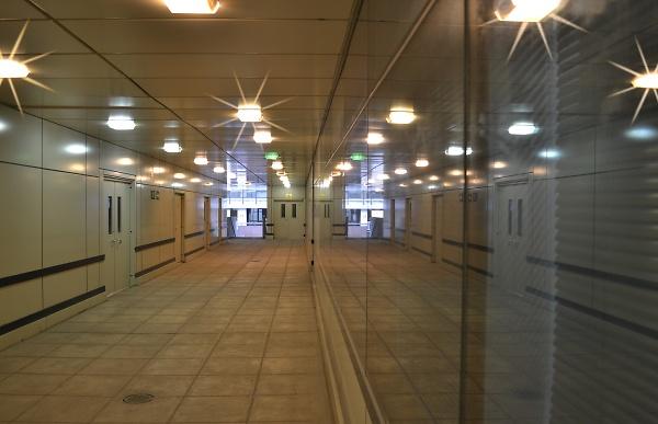 sparkle-001-corridor-london.jpg
