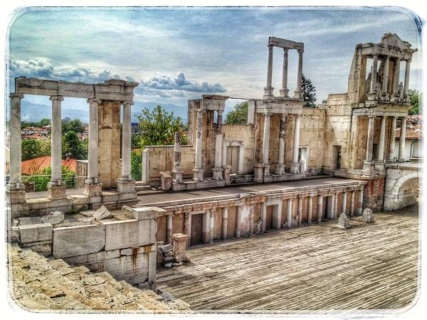 roman-theathre-plovdiv.jpg